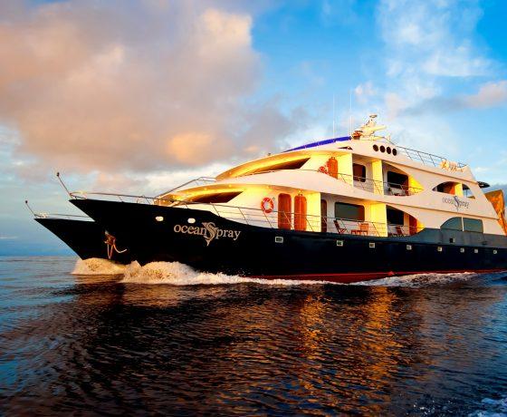 Galapagos cruzeiro tour